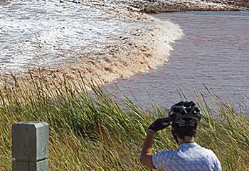 Tidal Bore – Moncton, New Brunswick